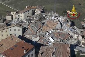terremoto-castelluccio-norcia