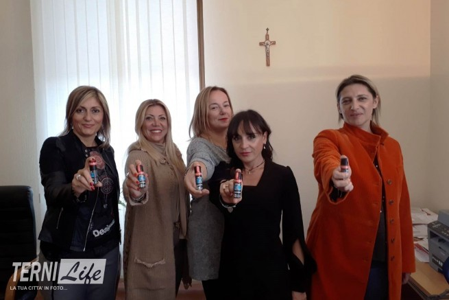 consegna spray peproncino