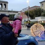 Gli agenti in Piazza Tacito