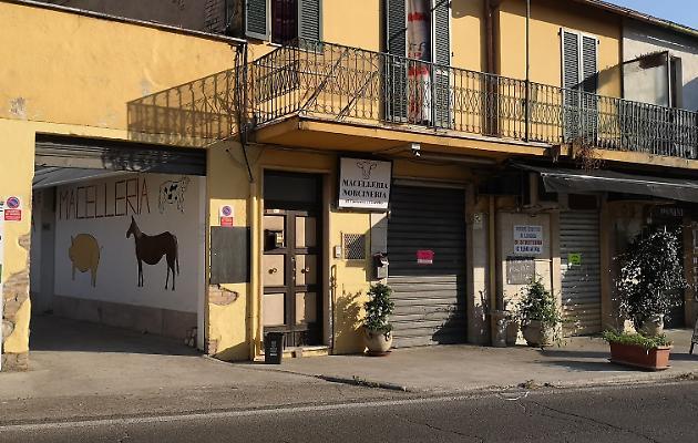 1566320725596.jpg--svaligiano_macelleria_poi_cenano_con_parte_del_bottino